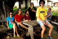 Graveola and the Polyphonic Trash (Graveola e o Lixo Polifonico)
