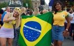 Public enjoying Brasil Day in Trafalgar Square, London, August 08 2015, by Ronise Nepomuceno